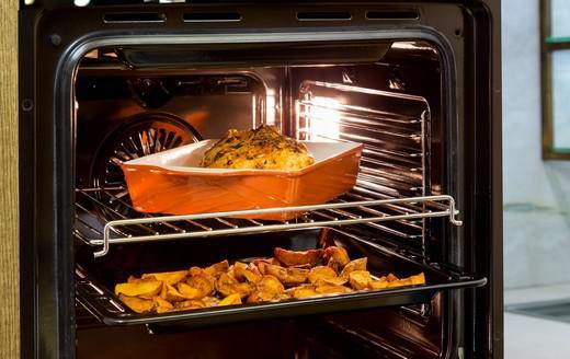 Використовуйте можливість готувити кілька страв одночасно